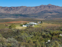 Porcupine Peak Farm - Accommodation