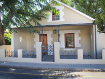 The Cricket House - Montagu Self Catering