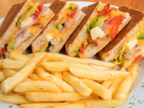 Cape Dried Fruit Packers - Business in Montagu