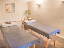 MCH Wellness Centre - Health & Beauty